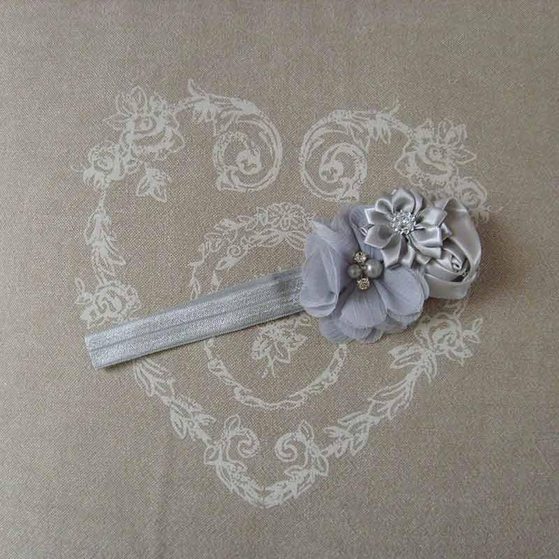 bandeau gris pour b b ou petite fille romantique. Black Bedroom Furniture Sets. Home Design Ideas